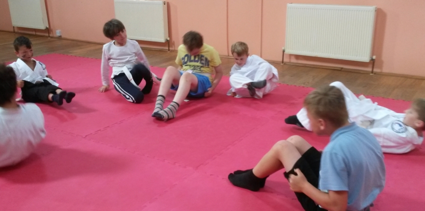 Children in Bridport train martial arts